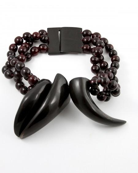 jewelry_necklace_HornedIn