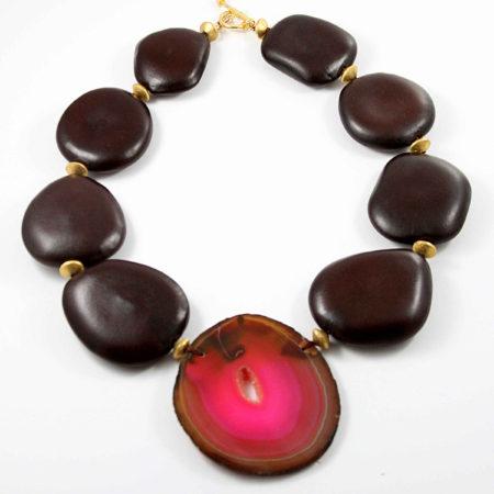 jewelry_necklace_StandOutinaCrowd